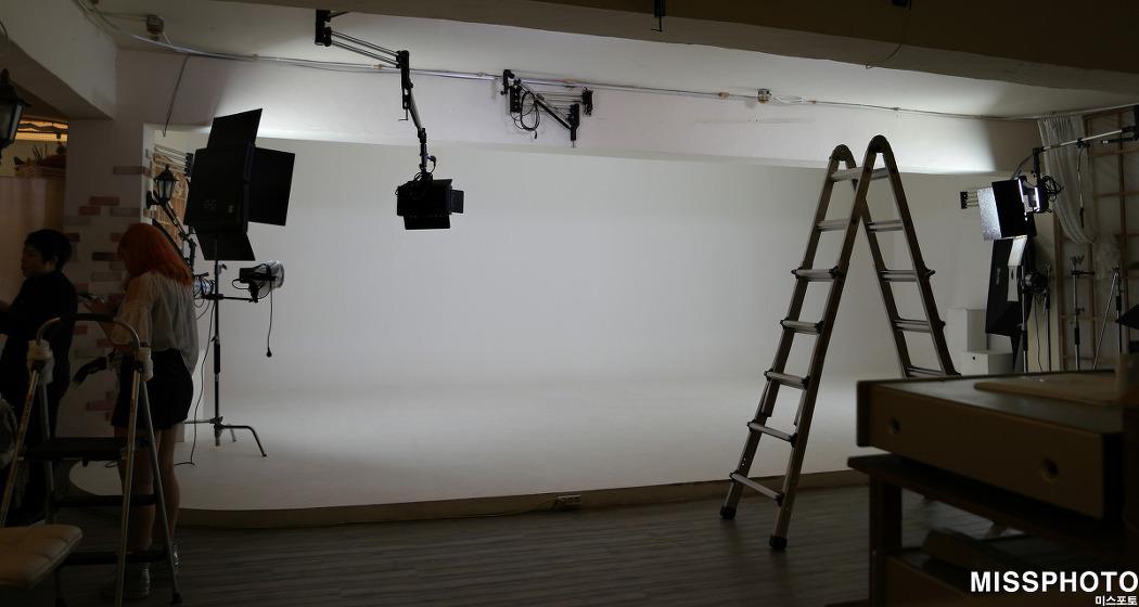 촬영장소대관 [서초 강남 양재동] - 포토래빗스튜디오