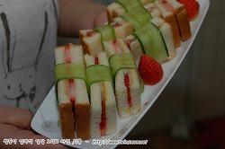 초간편 딸기샌드위치 만들기