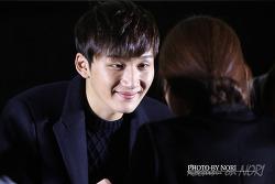 2013.12.01 딕펑스(DICKPUNKS) 신촌 팬사인회 네번째