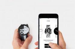 E-INK 디스플레이를 사용한 소니의 패션 스마트 워치 FES Watch U