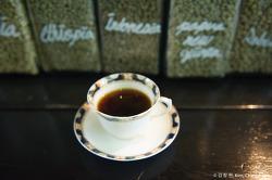 [그날의 여유] 2012/03/31, 소쿠리 베니스 커피 & Cafe Pawz