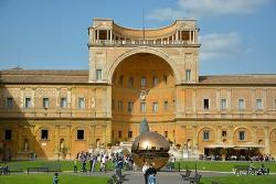 세계 3대 박물관으로 꼽는 바티칸 박물관