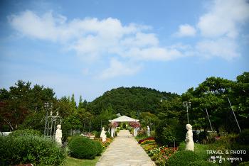 꽃으로 가득한 마을로 떠나는 힐링 여행, 남해 원예예술촌
