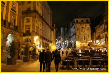 <포르토 여행> 리베르다데 광장 (Liberdade Square) 의 새벽, 낮, 야경