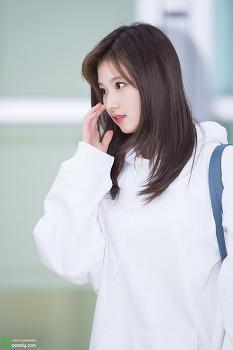 [2018.05.02] 김포공항 입국 트와이스 사나