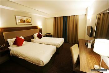 (런던) 헤스턴 하이드 호텔Heston Hyde Hotel