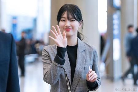 [170227] 인천공항 입국 수지 직찍 by 달빛마차