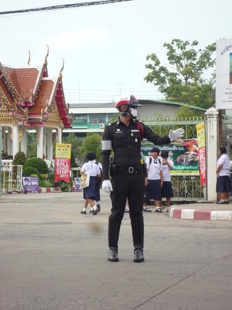 방콕에서 경찰에 걸렸을 때 당신의 권리