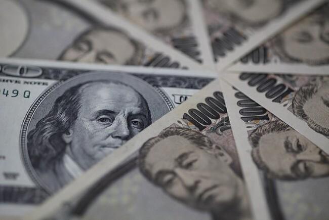 엔-달러 환율 100엔선 돌파, 무엇을 의미하나?