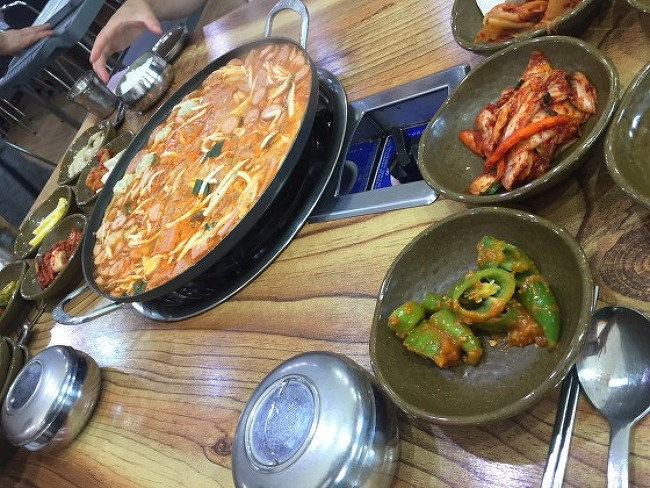 [김제/하동] 말년도 먹을 수 있는..신참 부대찌개