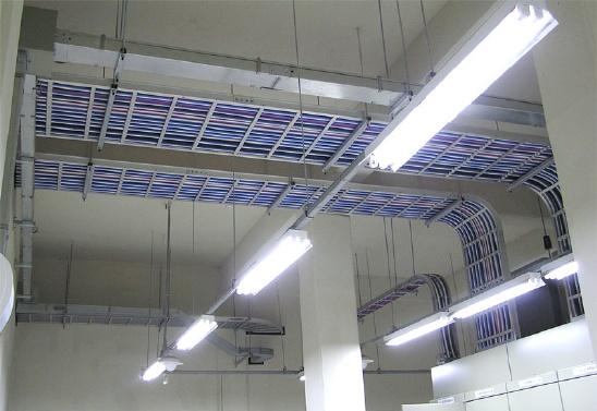 위험관리원 수신기 설치및 전기 트레이 공사 사진