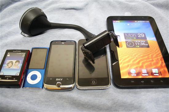 아이폰 악세서리, 차량용 거치대, 아이폰 거치대, 아이폰 차량 거치대,아이폰4 거치대,아이폰4, 벨킨 악세서리, 벨킨 아이폰 거치대