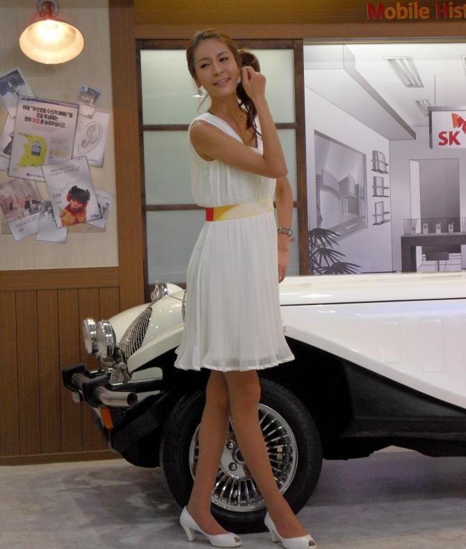 월드IT쇼 WIS2009의 레이싱걸, 송주경