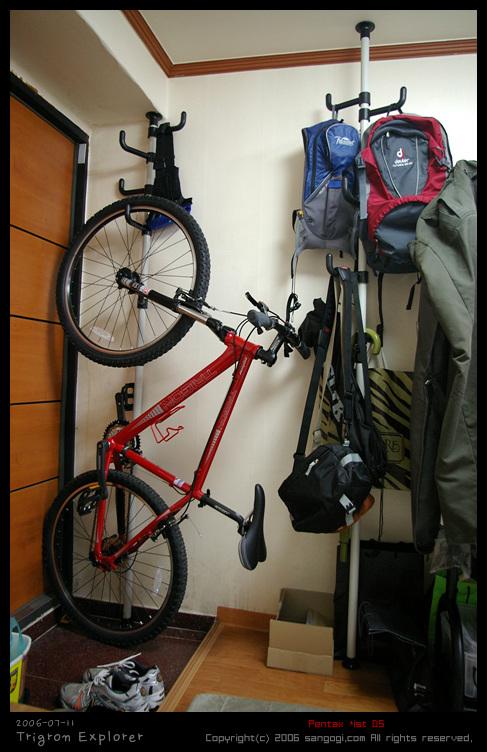 왕자 행거를 이용한 자전거 보관