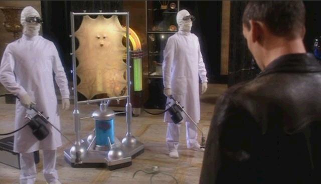 닥터후 시즌1 2화 카산드라