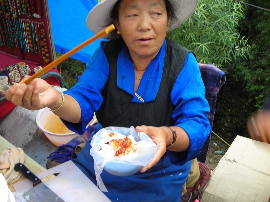 히말라야 중턱에 한국의 수제비를 파는 집이 있다