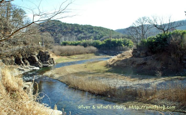 고대인(古代人)들이 살던 아름다운 계곡(溪谷)::OmnisLog