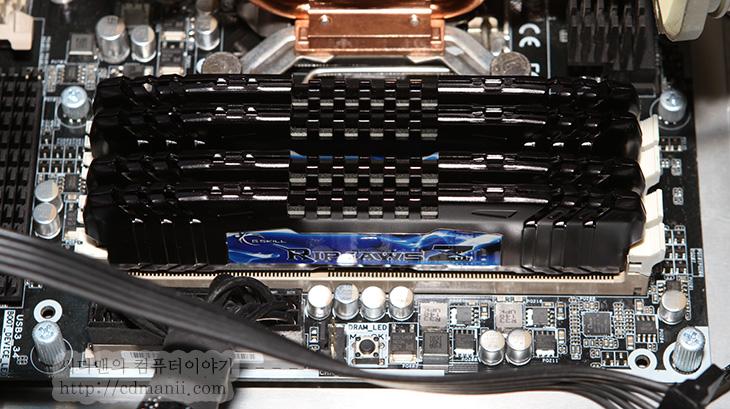 컴퓨터 하드웨어 점검, 컴퓨터, 조립후 테스트, 컴퓨터 테스트 방법, 컴퓨터 벤치마크 프로그램, IT, 튜닝, CPU-Z, GPU-Z, as ssd, 벤치마크, benchmark, 프로그램, 모니터 점검 방법, 하드디스크, 배드섹터, 베드섹터, 배드, bad sector, 테스터, 파워서플라이 테스트,컴퓨터 하드웨어 점검 방법을 설명 합니다. 처음에 조립 동영상을 보고 마친 뒤 점검 하는 방법을 소개해달라는 요청이 있어서 컴퓨터 벤치마크 프로그램을 정리를 해봤습니다. 이미 컴퓨터 하드웨어 점검 방법을 적어둔글이 있으나 아주 예전에 적어둔글이라 정리도 잘 안되어있어서 리뉴얼 해봅니다. 물론 완전히 내용은 바뀌었네요. 최근 시스템을 생각해서 그리고 공용적으로 알아두면 좋을 상식들을 정리해볼 생각입니다. 물론 컴퓨터 벤치마크 프로그램으로 꼭 모두 테스트 해볼 필요는 없습니다. 다만 가끔 블루스크린이 뜨거나 뭔가 버벅이거나 문제가 있어보일 때는 어떤게 문제인지 컴퓨터 하드웨어 점검을 해보는게 좋지요.  아래에서 시스템에 부하를 주는 방법을 소개하는데 부하를 테스트 하기전에 가능하면 컴퓨터를 뜯어서 먼지를 청소하거나 눈에 보이는 문제를 먼저 확인할것을 권합니다. 이유는 쿨링이 너무 열악한 상태나 먼지가 너무 많은상태 또는 파워서플라이의 팬이 동작하지 않는등의 문제가 있는 경우 억지로 부하를 주다보면 시스템이 실제로 망가질 수 있기 때문입니다. 저도 같은 이유로 문제가 있는 시스템을 뜯어볼 때에는 먼저 본체부터 열어서 내부부터 확인을 합니다.