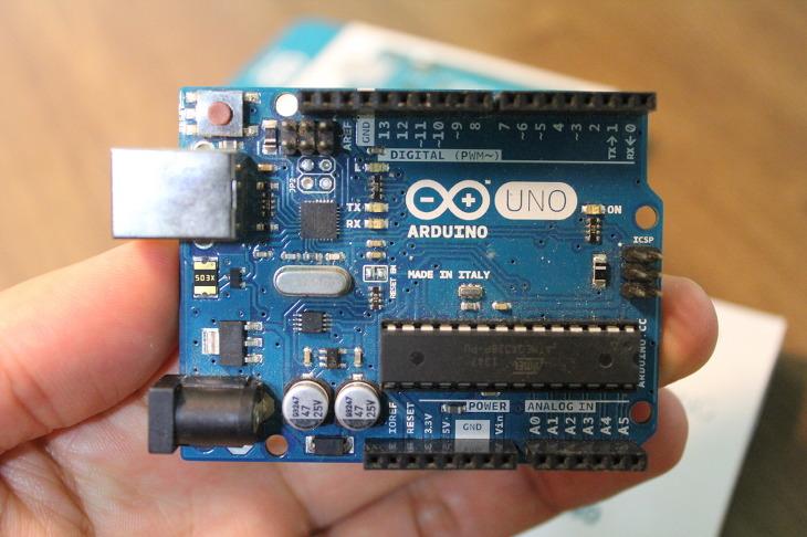 아두이노 우노, Arduino UNO R3, 아두이노 정품보드, 아두이노 이탈리아선 정품, 아두이노 이태리 정품보드, ATmega328, 마이크로 컨트롤러, 아두이노, Arduino, 아두이노 프로그래밍, 스케치 프로그래밍, sketch