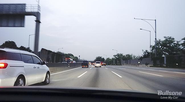 초보운전자에게 필요한  안전한 야간운전 꿀팁