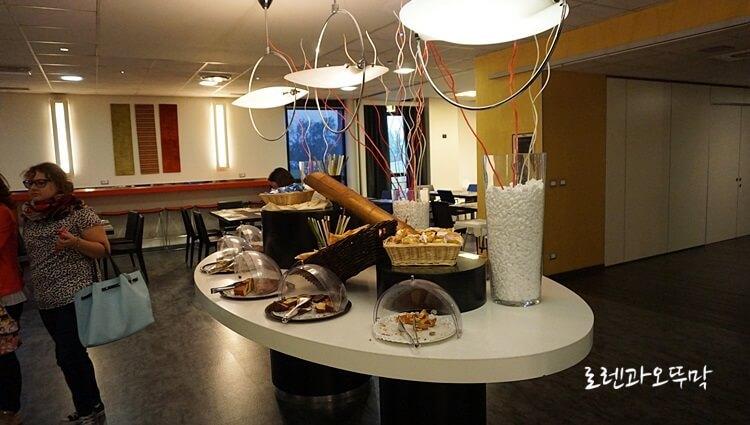 이탈리아 밀라노 호텔 'IDEA HOTEL MILANO SAN SIRO' 1박11