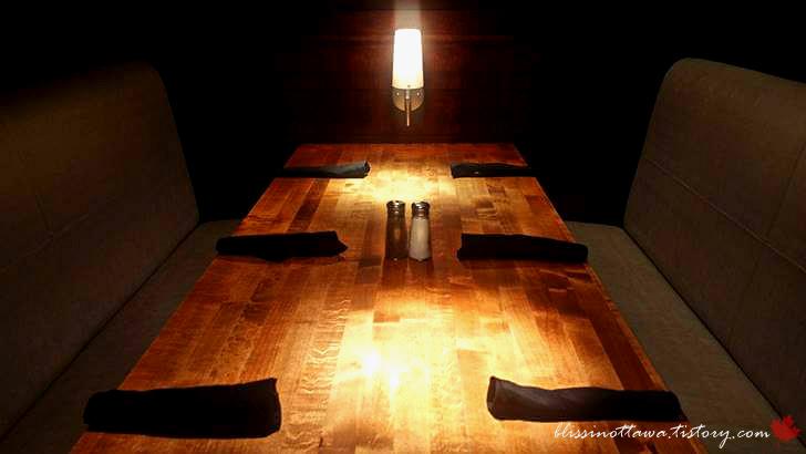 테이블 셋팅입니다