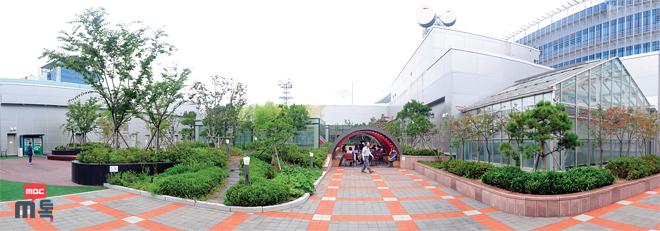 [신사옥 친환경공간] 광장, 아트리움, 옥상정원… 신사옥은 ...
