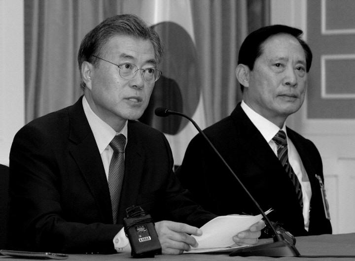송영무 국방부 장관에게 쏟아지는 각종 의혹들에 대해 NewBC가 조목조목 반박에 나섰다