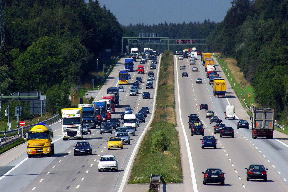 내연기관 자동차 금지 소식으로 시끄러운 독일