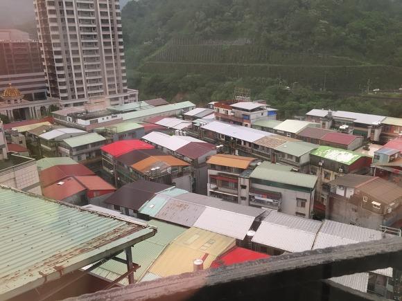 대만의 일반 가정집 지붕