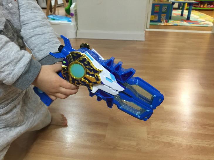 미니특공대 특공대 빛의 권총 장난감 후기