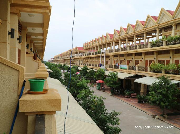 캄보디아 연립주택