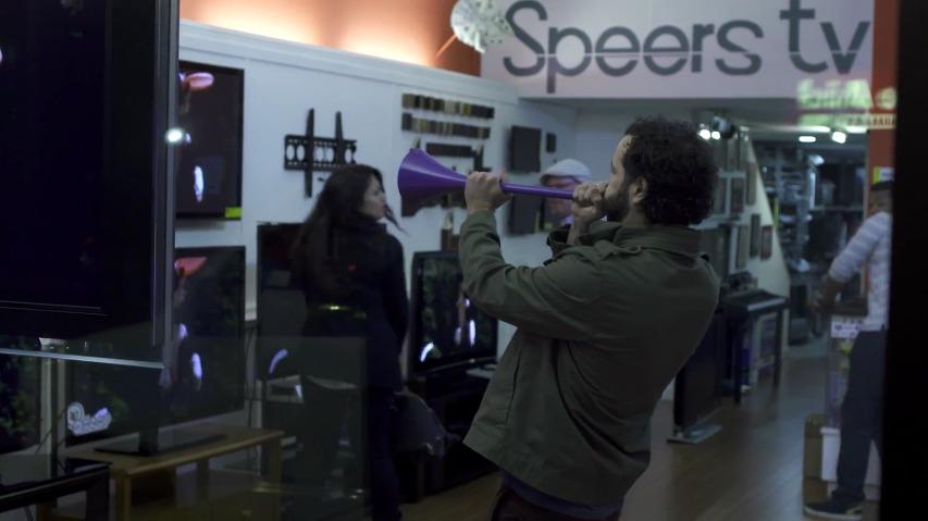 부부젤라를 불면 TV채널이 스포츠채널로 바뀐다! 비인스포츠(beIN Sports)채널의 부부젤라 게임체인저(Vuvuzela, The Game Changer) [한글자막]