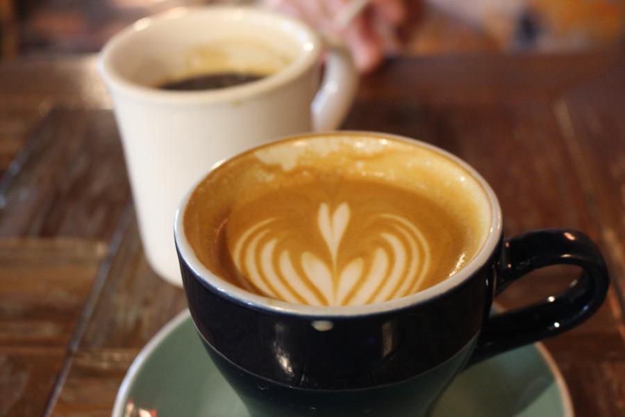 빵과 커피가 맛있는 프릳츠 카페