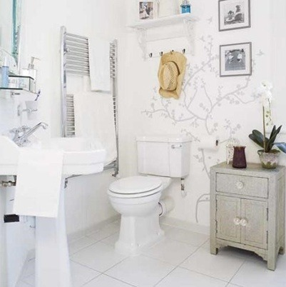 for All white bathroom accessories