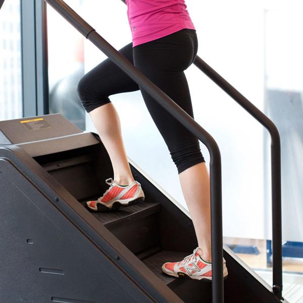 여자 엉덩이 힙업을 위한 간단한 운동과 생활습관