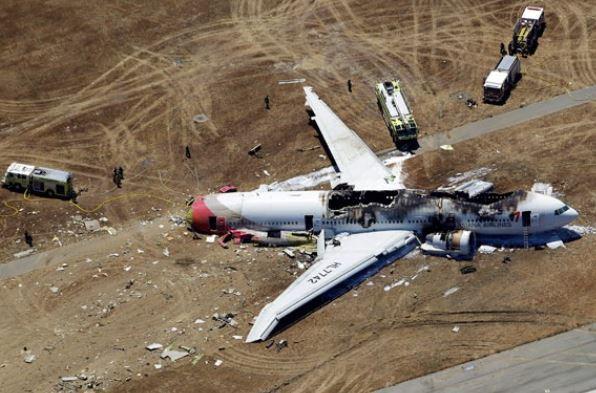 일썅다반사 승객이 직접 찍은 비행기추락사고 바다에서 탈출과정