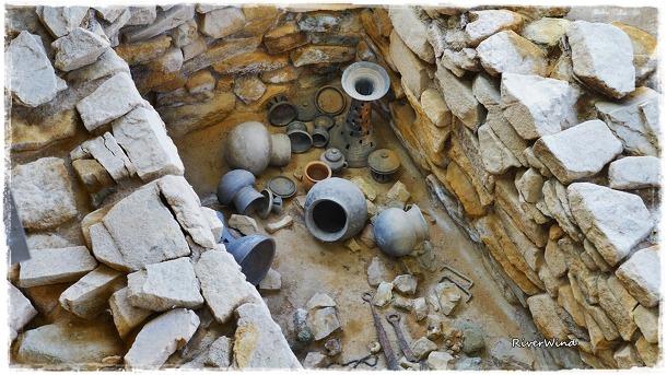 가야유물 석곽식 동무덤