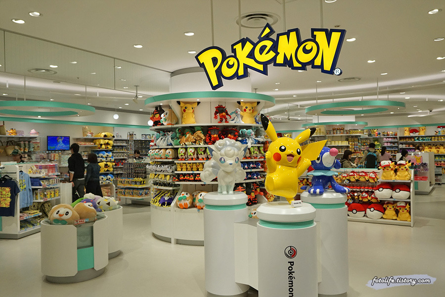 [일본/삿포로] 다이마루 백화점으로 이전한 포켓몬센터 삿포로 (ポケモンセンターサッポロ)